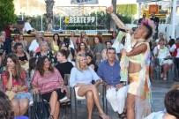 DEFİLE - Başak Parlak 'Mankenlik Benim İşim Değil'
