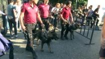 İZİNSİZ GÖSTERİ - Beyoğlu'nda İzinsiz Gösteriye Polis Müdahalesi