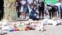 SOYKıRıM - Hollanda'da 'Dera'daki Katliamı Durdur' Gösterisi