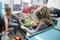 KÖSEKÖY - Kontrolden Çıkan Otomobil, Yol Çalışma Alanında Bulunan Toprak Yığınına Saplandı Açıklaması 2 Yaralı