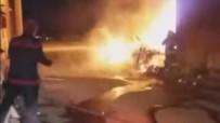 OKMEYDANı - Kütahya'daki Yangında 3 Araç Ve 1 Motosiklet Yandı
