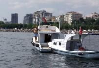 KURTARMA EKİBİ - Su Alan Teknesini Tamir Etmek İçin Denize Atladı, Bir Daha Çıkmadı