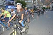 HIZ SINIRI - Trafik Kazasında Hayatını Kaybeden 11 Bisikletli Anıldı