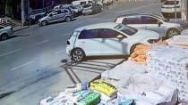 Yalova'da Otomobille Motosiklet Çarpıştı Açıklaması 3 Yaralı