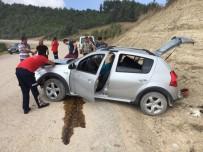 GÖLLER - Adana'da Trafik Kazası Açıklaması 2 Yaralı