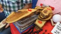 EL EMEĞİ GÖZ NURU - Balıkesir'de Zeytin Atıkları Maharetli Ellerde Sanat Eseri Oldu