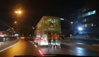 UNKAPANı - Beyoğlu'nda Patenli Gençlerin Tehlikeli Yolculuğu Kamerada
