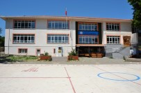 Biga'da Fatih İlkokulu Yıkılıyor