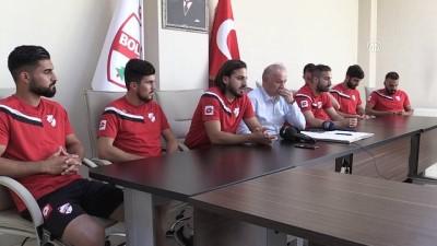 Boluspor, 8 Futbolcu İle Sözleşme İmzaladı