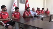 ÇAYKUR RİZESPOR - Boluspor, 8 Futbolcu İle Sözleşme İmzaladı