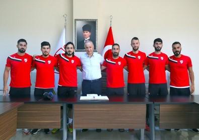 Boluspor, Yeni Transferlerini İmza Töreninde Tanıttı