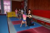 DEVAMSIZLIK - Düyanlı Açıklaması 'Küçük Yaş Grubu Öğrenciler Spora Cimnastik İle Başlamalı'