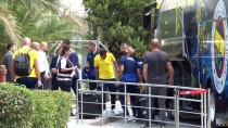 SABİHA GÖKÇEN HAVALİMANI - Fenerbahçe, Yurt Dışı Kampı İçin İsviçre'ye Gitti
