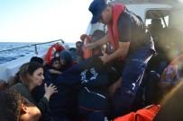 İzmir'de İki Günde 90 Göçmen Yakalandı