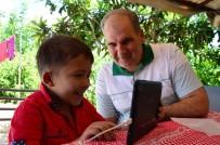 KOZALAK - Kalp Ve Akciğer Hastası Küçük Batın'ın Tablet Sevinci