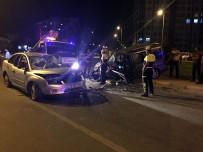 ERCIYES ÜNIVERSITESI - Kayseri'de Trafik Kazası Açıklaması 8 Yaralı