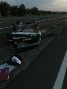 Otomobiller Çarpıştı, Aynı Aileden 4 Kişi Yaralandı