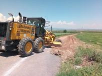 HALITPAŞA - Saruhanlı Belediyesi Arazi Yollarını Düzenliyor