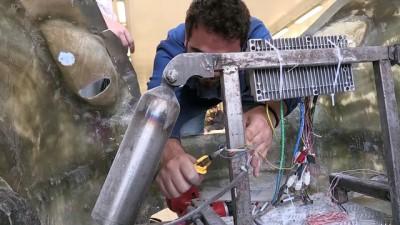 Üniversitelilerin El Emeği Göz Nuru Elektromobil Açıklaması 'Ayvaz'