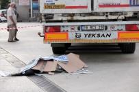 BENZIN - Yalova'da Tırın Altında Kalan Kadın Öldü
