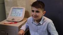 KATARAKT - 10 Yaşındaki Emirhan Geçirdiği Ameliyatla Artık Kitap Okuyabilecek