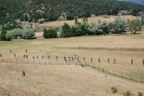 KURTARMA EKİBİ - Asker Vatandaşla Birlikte Dağ, Taş Küçük Evrim'i Arıyor