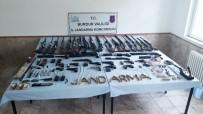 Burdur Merkezli 3 İlde Eş Zamanlı 'Yasadışı Silah Ticareti' Operasyonu Açıklaması 9 Gözaltı