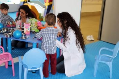Çocuklar 'Ergoterapi' İle Engellerini Eğlenerek Aşıyor