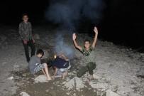 KATO DAĞı - Çocukların Habur Çayı'nda Tehlikeli Gece Eğlencesi