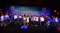 HAKAN TÜTÜNCÜ - Kepez'den Başarılı Öğrencilere Bisiklet