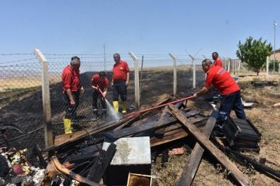Kırıkkale'de Çıkan Anız Yangını Evlere Sıçramadan Söndürüldü