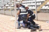 ARBEDE - Kongrede Arbede Açıklaması 3 Kişi Gözaltına Alındı