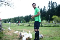 KONYASPOR - Konyasporlu Ali Turan Açıklaması 'Geçen Sene Kötü Bir Tecrübe Kazandık'