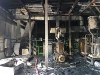 Otomobil Parçası Fabrikasındaki Yangın Hasara Neden Oldu