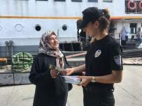 Polisten Vatandaşlara Broşürlü Bilgilendirme