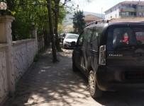 YAYA KALDIRIMI - Sapanca Belediyesi'nden Duyarlılık Çağrısı