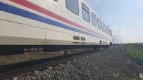 YOLCU TRENİ - Tren Faciasının Yaşandığı Hatta Yolcu Seferleri Başladı