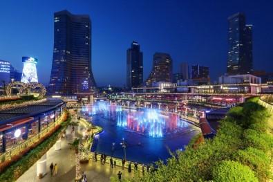 Watergarden İstanbul'da Bu Hafta 'Aile Arasında' Filmi Gösterimde Olacak