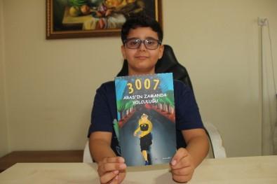 11 Yaşında Kitap Çıkardı, Gelirini Bağışladı