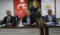 Adana Büyükşehir Belediye Meclisinde Güldüren Atışma