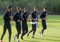 ADANA DEMIRSPOR - Adana Demirspor'da Yeni Sezonun İlk Antrenmanı