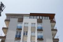 ÇEYREK ALTIN - Antalya'da Polisin Evinden Battaniyeli Çelik Kasa Hırsızlığı
