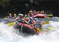 YABAN KEÇİSİ - Antalya Rafting Turizminde 700 Bin Turist, 200 Milyon TL Gelir  Bekliyor