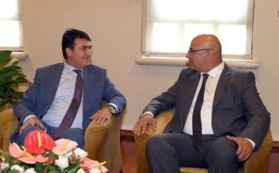 Başkan Dündar'a 'Kardeş' Ziyareti