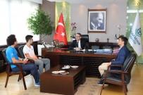 TÜRKİYE ATLETİZM FEDERASYONU - Başkan Kartoğlu'ndan 'Türkiye'nin En Hızlısı'na Ödül