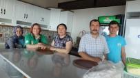 DUTLUCA - Burhaniye'de Körfez Manzaralı Dutluca'ya Yoğun İlgi