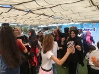 SÜNNET ŞÖLENİ - Çocuklarının Sünnetini Boğaz'a Karşı Oynayarak Kutladılar
