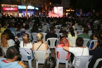 Hamamyolu'nda Sokak Sineması Gösterimleri Başladı