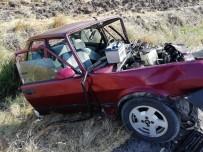 KARABÖRK - Kahramanmaraş'ta Trafik Kazası Açıklaması 1 Ölü, 3 Yaralı