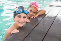 YÜKSEK ATEŞ - Kirli Havuzlar Tehlike Saçıyor